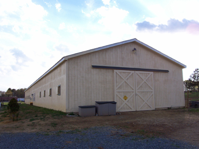 M and R Stables - Beige Barn